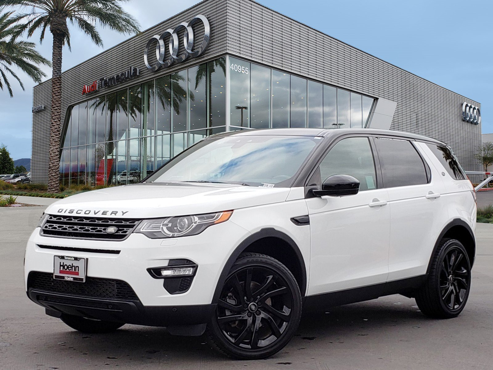 Pre-Owned 2016 Land Rover Discovery Sport HSE Luxury