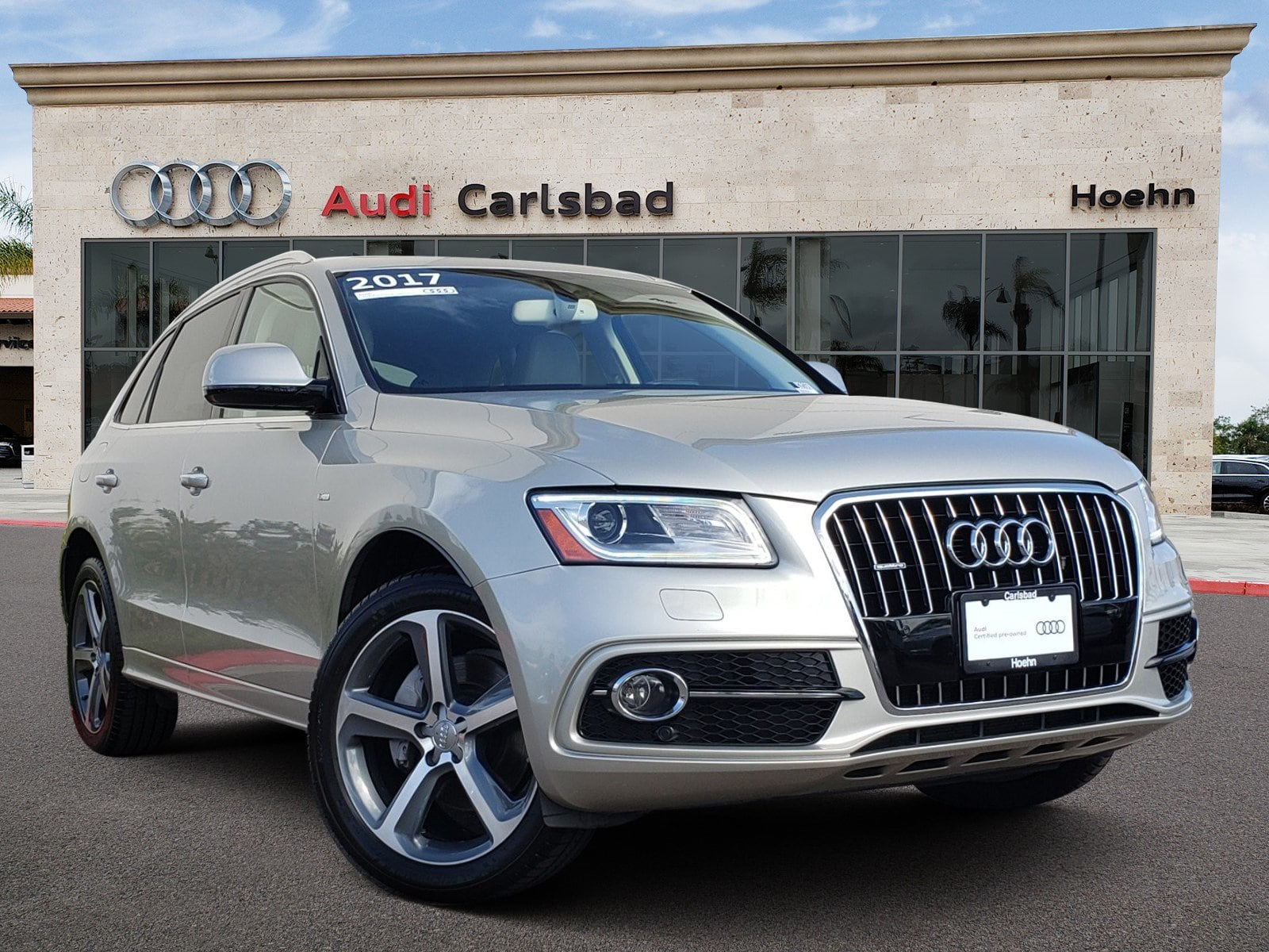 Pre-Owned 2017 Audi Q5 2.0T Q 3.0T Premium Plus